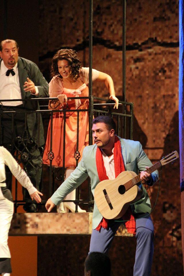 Figaro sem, Figaro tam, Opera SND, M. Malachovský (Bartolo), Š. Pučálková (Rosina), M. Gyimesi (Almaviva)