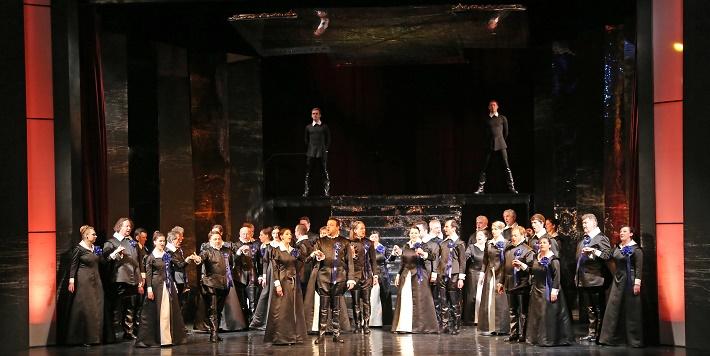 Gaetano Donizetti: Maria Stuarda, zbor Štátnej opery v Banskej Bystrici, foto: Jozef Lomnický