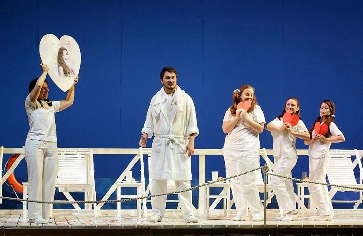Il viaggio a Reims,, Rossiniho operný festival, Pesaro 2015, foto: ROF