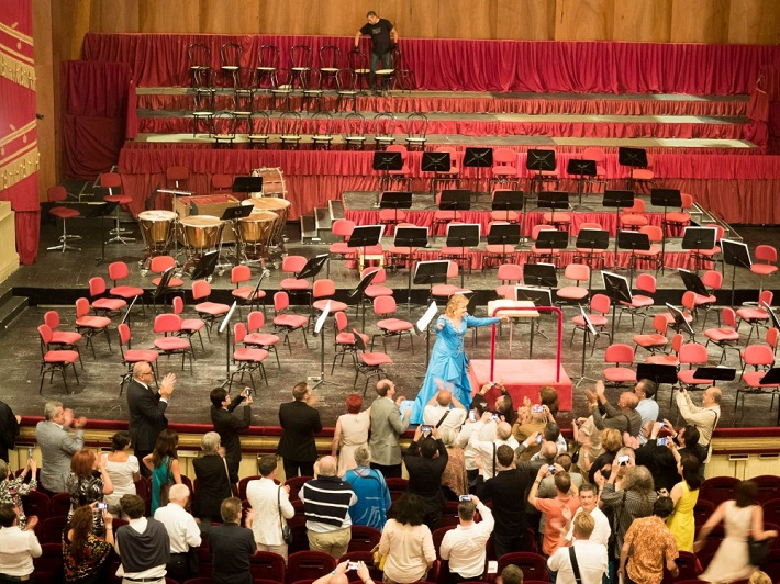 Atmosféra po koncerte v La Scale 23. júla 2015