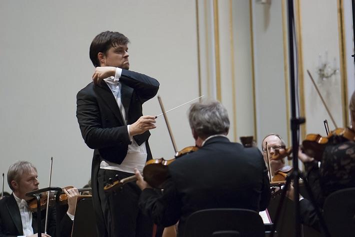 BHS 2015 - NDR Sinfonieorchester Hamburg, Juraj Valčuha, foto: Alexander Trizuljak