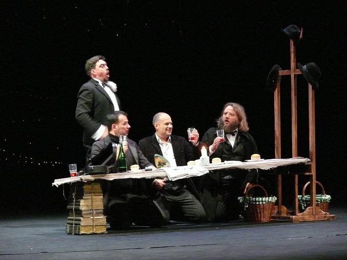 Giacomo Puccini, Bohéma, Opera SND, D. Čapkovič (Schaunard), A. Jenis (Marcello), G. Rivero (Rodolfo), J. Benci (Colline), foto: Alena Klenková/SND