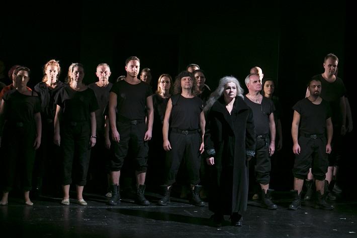 Giuseppe Verdi: Trubadúr, Opera ŠD Košice, 2015, Eliška Weissová (Azucena) foto: Joseph Marčinský