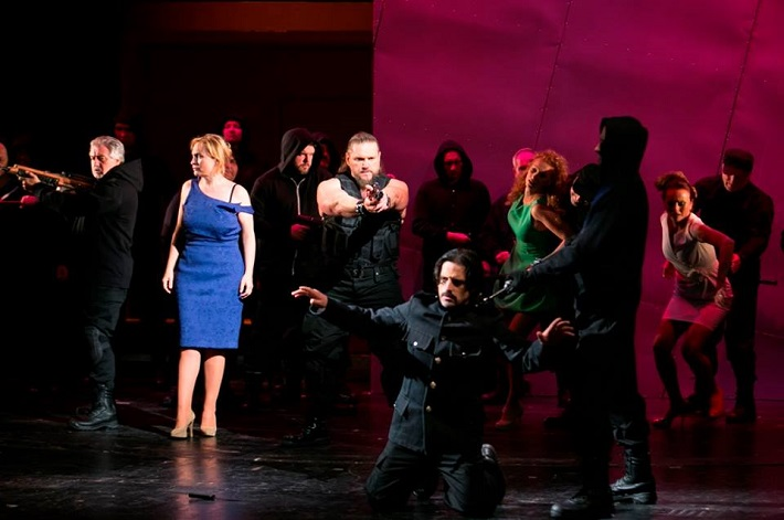 Giuseppe Verdi: Trubadúr, Opera ŠD Košice, 2015 foto: Joseph Marčinský