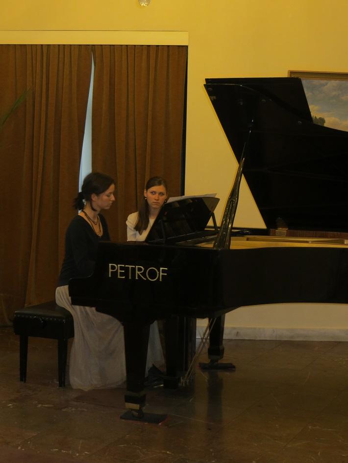 """Projekt ,,Students Meet Professionals"""", Klavírna tvorba v stopách odkazu J. S. Bacha, koncert 28.4.2015 , Mirbachov palác v Bratislave"""