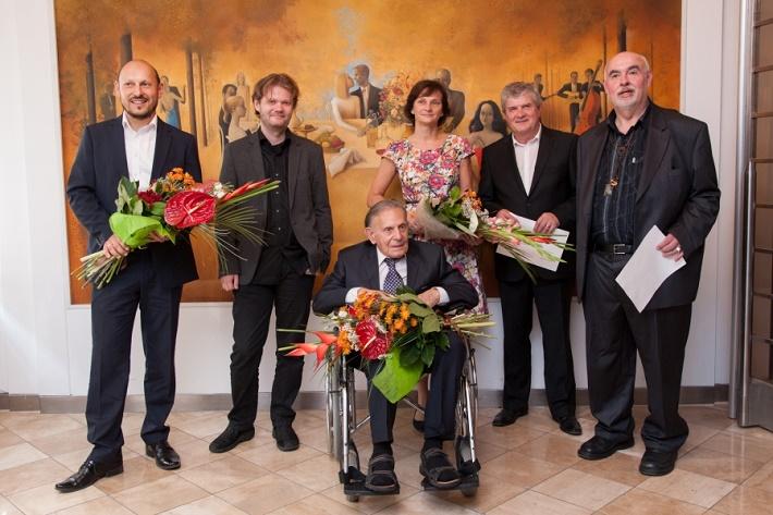 Laureáti cien Hudobného fondu 2015, zľava M. Suchomel, M. Paľa, P. Polák, H. Kyseľová, M. Bróska, P. Martinček, foto: Jena Šimková