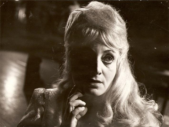 G. Donizetti: Lucia di Lammermoor, ŠD Košice, 1968, Lucia Ganzová (Lucia), foto: Mária Litavská (Archív DÚ)