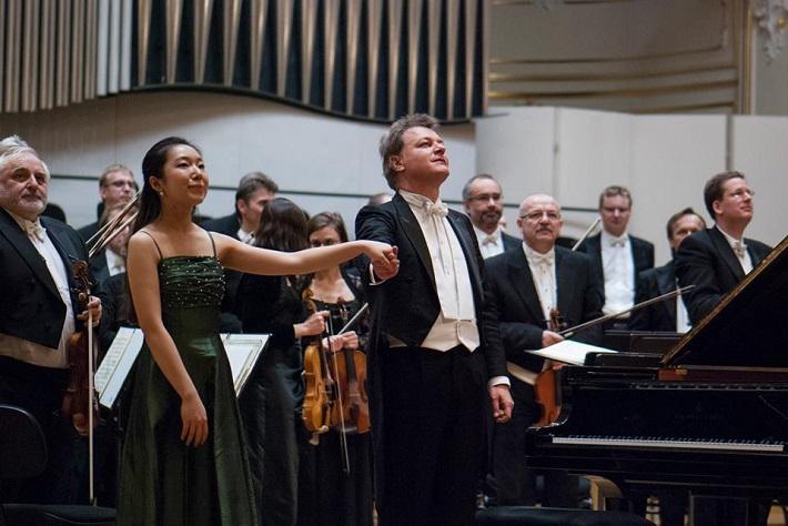 Koncert v Slovenskej filharmónii, 2015, Su Yeon Kim, Eraldo Salmieri, foto: Alexander Trizuljak