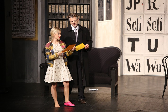 Leoš Janáček: Vec Makropulos, Opera SND, 2015, Linda Ballová (Emilia Marty), Pavol Remenár (Jaroslav Prus), foto: Jozef Barinka