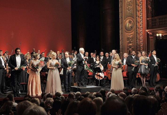 Slávnostný koncert k 50. výročiu Medzinárodnej speváckej súťaže Antonína Dvořáka, Národné divadlo Praha, foto: Hana Smejkalová