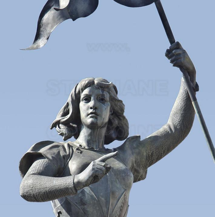 Jeanne d'Arc, pamätná socha vo Francúzsku