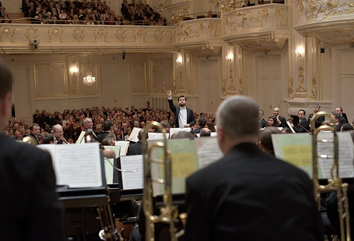 Koncert Slovenskej filharmónie, 2015, Juraj Valčuha, foto: Ján Lukáš