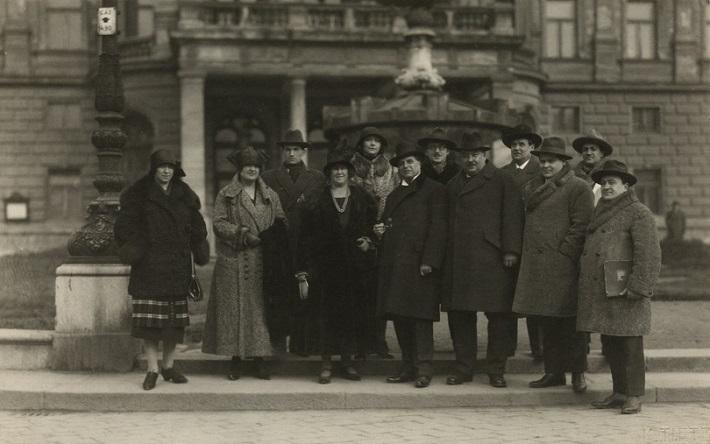 Pietro Mascagni a Oskar Nedbal so súborom opery SND, 1925, foto: Archív DÚ