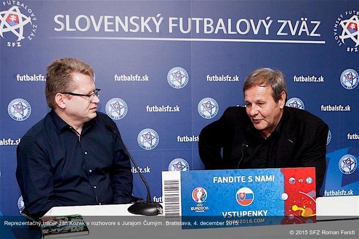Juraj Čurný, tentokrát ako hovorca Slovenského futbalového zväzu, foto: SITA