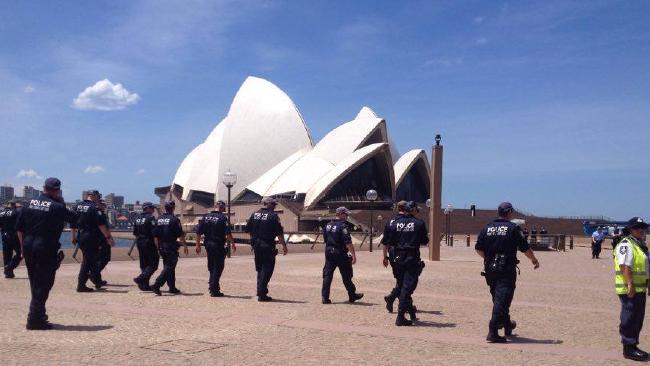 Operu v Sydney museli náhle evakuovať kvôli nahlásenej bombe, foto: Alistair Moran