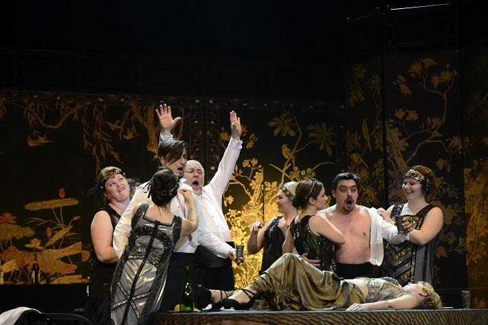 W. A. Mozart: Così fan tutte, Opera SND, 2016, Juraj Hollý (Ferrando), Peter Mikuláš (Don Alfonso), Daniel Čapkovič (Guglielmo), foto: Pavol Breiner