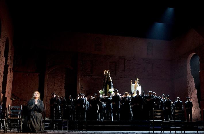 P. Mascagni: Sedliacka česť, Metropolitná opera New York, foto: Cory Weave