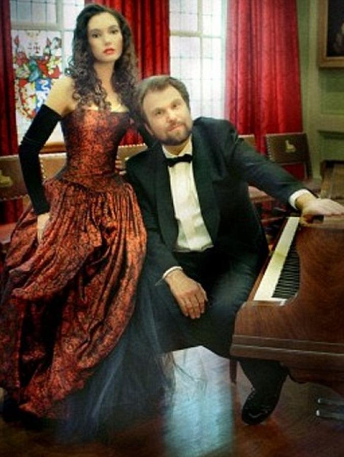 Klaviristka Eleonora Bekova a Sergej Larin