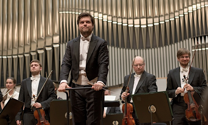 Koncert Slovenskej filharmónie, 2016, Juraj Valčuha, Slovenská filharmónia, foto: Ján Lukáš
