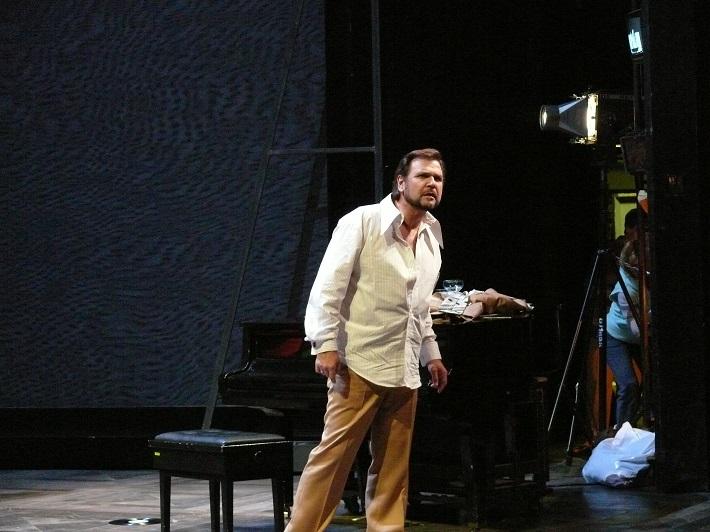 R. Strauss: Ariadna na Naxe, Opera SND, 2007, Sergej Larin (Bacchus), foto: Alena Klenková