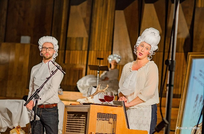 S. Solovic: Haydn večeria s Mozartom, Komorné štúdio Slovenského rozhlasu, 2016, Matúš Šimko (Mozart), Eva Šušková (Slúžka), foto: Koscik.photos