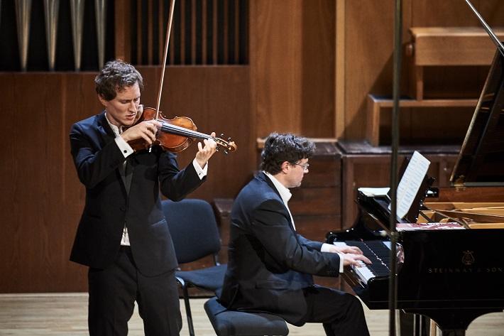 Josef Špaček (husle), Miroslav Sekera (klavír), foto: Roderik Kučavík