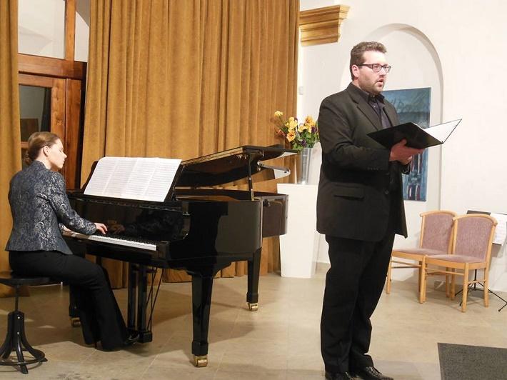 Koncert pri príležitosti životného jubilea Vladimíra Godára, 2016, Xénia Jarová, Tomáš Šelc, foto: albrechtina.sk