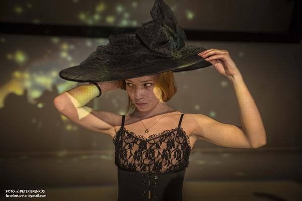 Š. Ondrišová, P. Groll: Bess – Pocta Rudolfovi Labanovi, Balet SND, 2016, Valéria Stašková, foto: Peter Brenkus