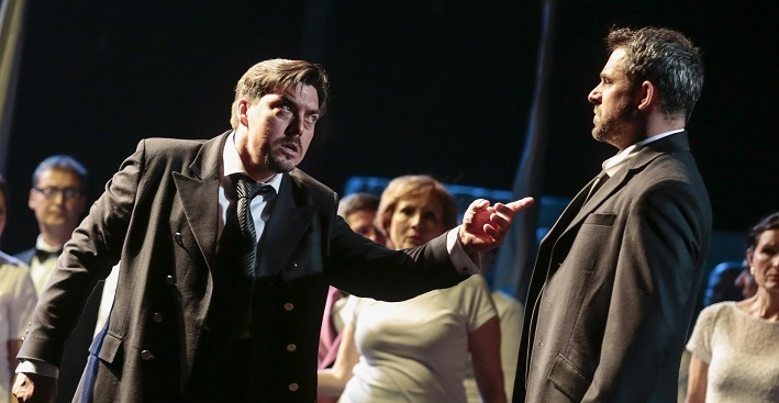 G. Verdi: Simon Boccanegra, Opera SND, 2016, Daniel Čapkovič (Simon Boccanegra), Filip Tůma (Paolo Albiani), foto: Ctibor Bachratý