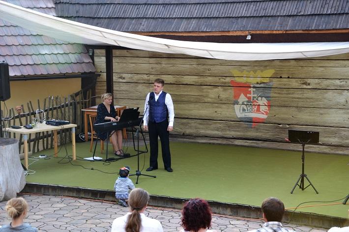 Príďte za operou III., koncert mladých talentov, Opera Slovakia 2016, Júlia Grejtáková, Maksym Kutsenko, Amfiteáter Starý Klíž, foto: Martina Turoňová