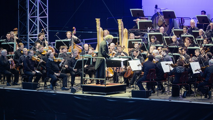 Symfónia ľudskosti, Drážďany 2016, Franz Welser-Möst, Sächsische Staatskapelle Dresden, foto: Oliver Killig