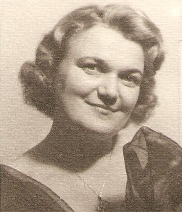 Viera Holoubková (1915 – 2001), foto: Súkromný archív