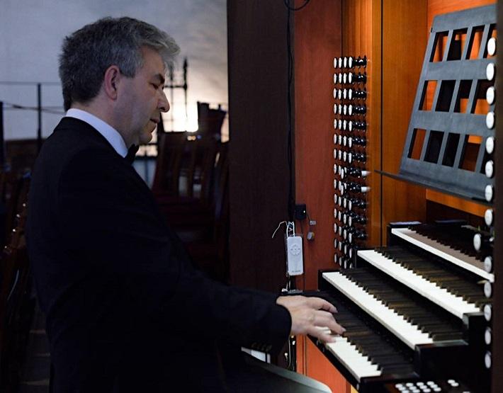 Bratislavský organový festival 2016, záverečný koncert v Dóme sv. Martina, Stéphane Béchy, foto: Ján Lukáš