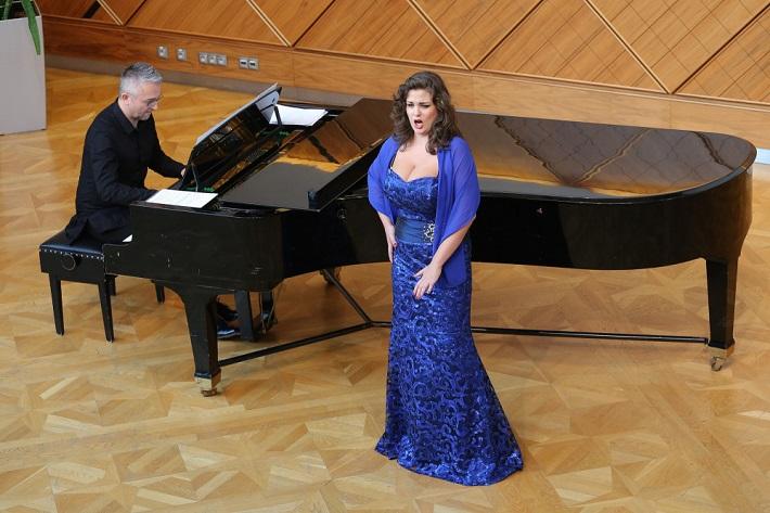 Operalia Talent, Operalia Banská Bystrica 2016, Róbert Pechanec, Carmen Ferenceiová, foto: Jozef Lomnický