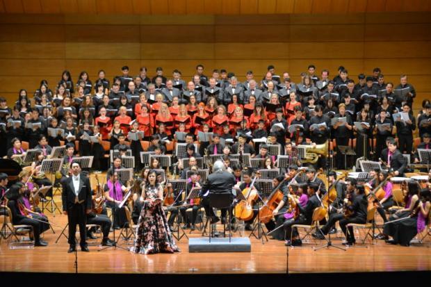 Carmina Burana v Thailand Cultural Centre v Bangkoku 21.07.2016, dirigent Somtow Sucharitkul (TH), Collegium Technicum, foto: FB dirigenta Somtow Socharitkula