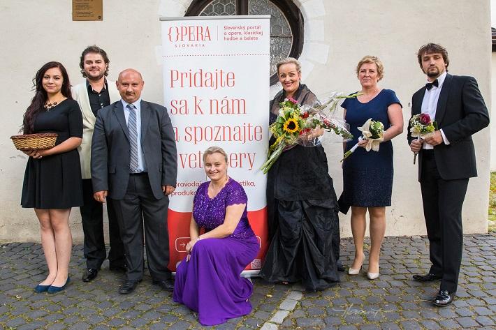 Operné gala v Kežmarku 2016, spoločné foto po koncerte, foto: Zdenko Hanout