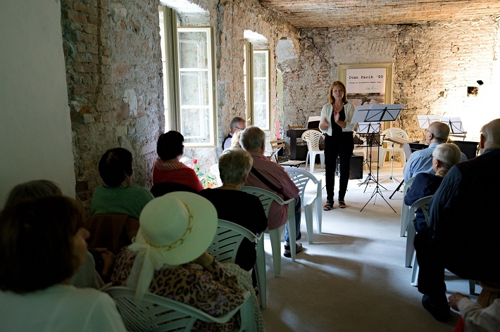 Spomienka na Ivana Paríka, koncert v Dome Albrechtovcov, 2016, Zuzana Martináková, foto: Ján Lukáš