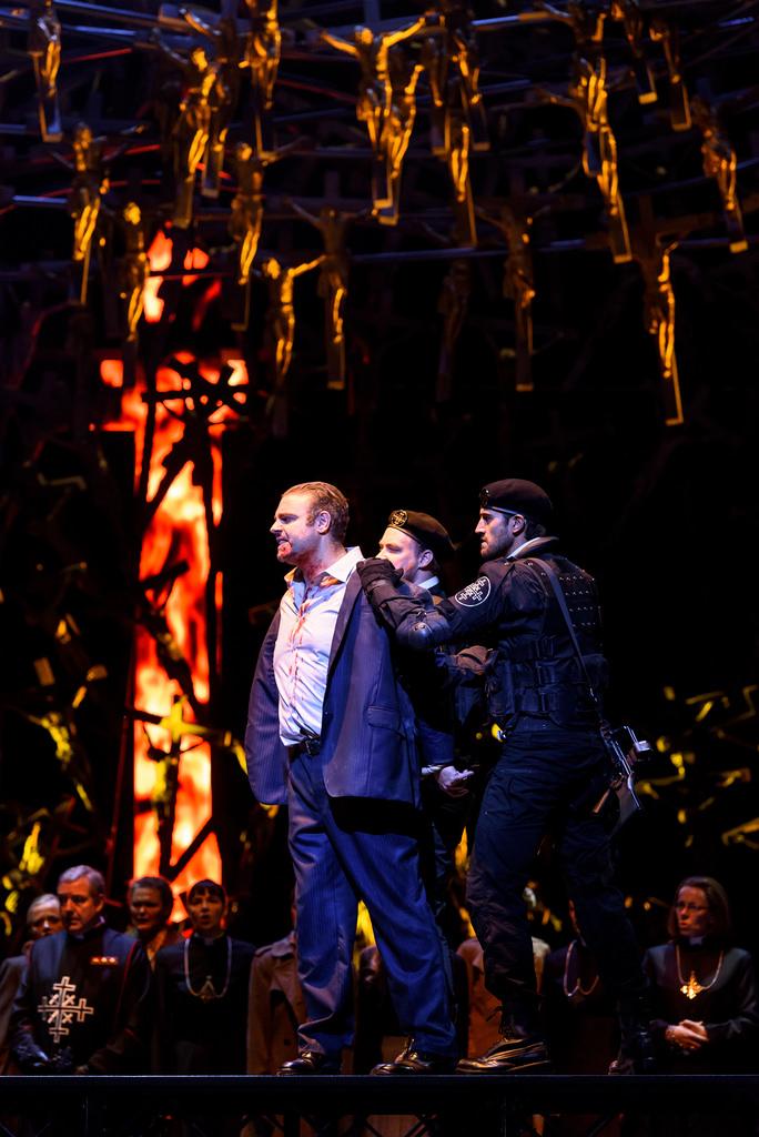 V. Bellini: Norma, Royal Opera House, 2016, Joseph Calleja (Pollione), foto: Bill Cooper