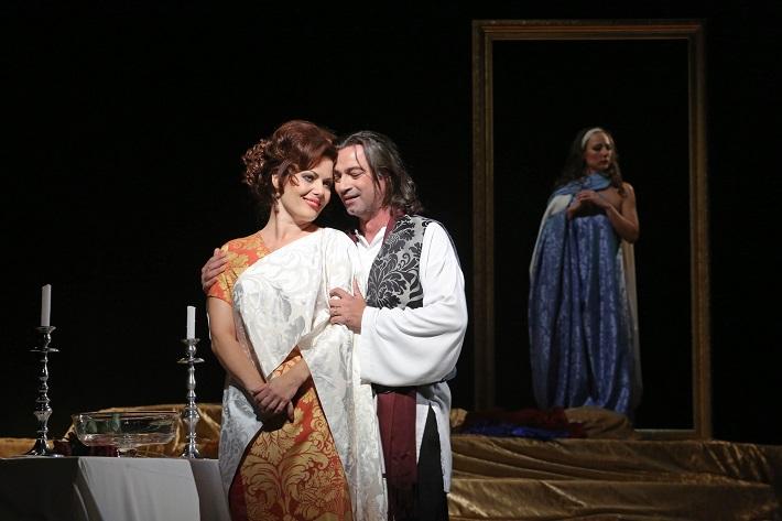 G. Puccini: Tosca, Štátna opera Banská Bystrica, 2016, Jolana Fogašová (Tosca), Paolo Lardizzone (Cavaradossi), foto: Jozef Lomnický