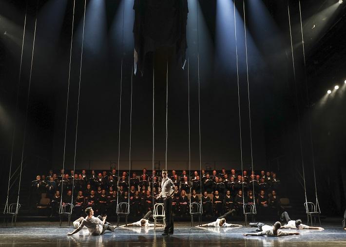H. Berlioz: Faustovo prekliatie, SND, 2016, scéna, foto: Ctibor Bachratý