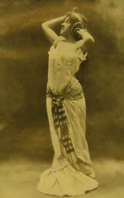 C. Saint-Saëns: Samson und Dalila, 1902, Irma de Spányi (Dalila), foto: Spányi, Irma de. Bühnen-Erinnerungen. Im Selbstverlag, Pressburg 1926