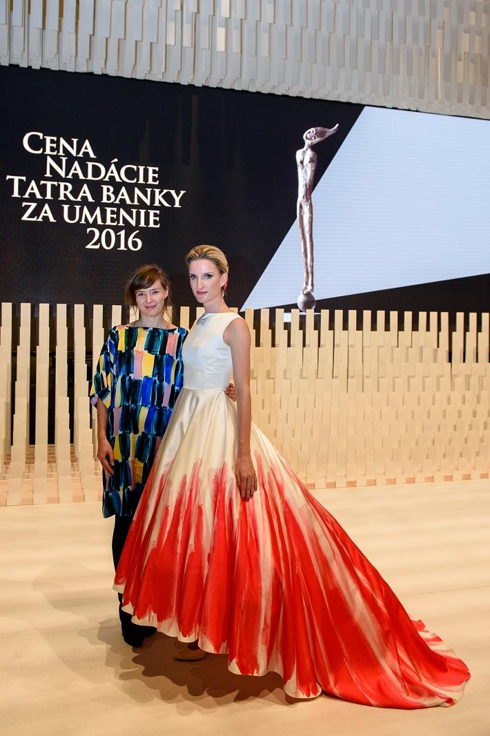 Cena Nadácie Tatra banky za umenie 2016, Lenka Sršňová, Adela Banášová, foto: Nadácia Tatra banky