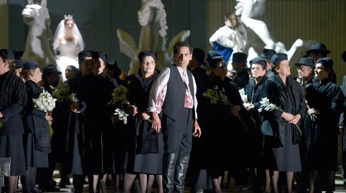 Giacomo Meyerbeer: Les Huguenots, Deutsche Oper Berlin, 2016, foto: Bettina Stöß