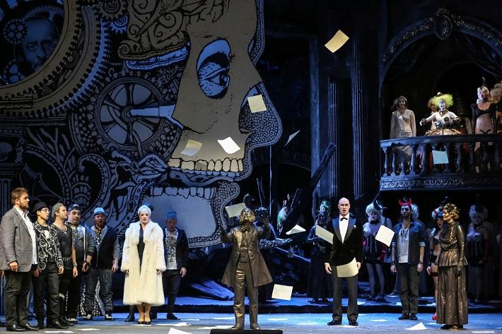 J. Offenbach: Hoffmannove poviedky, Volksoper Viedeň, 2016, foto: Barbara Pálffy