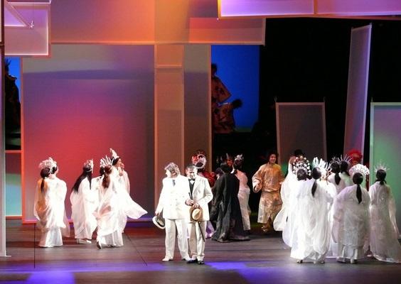 G. Puccini: Madama Butterfly, Opera SND, 2007, Peter Berger (Pinkerton), Dalibor Jenis (Sharpless), foto: Archív SND