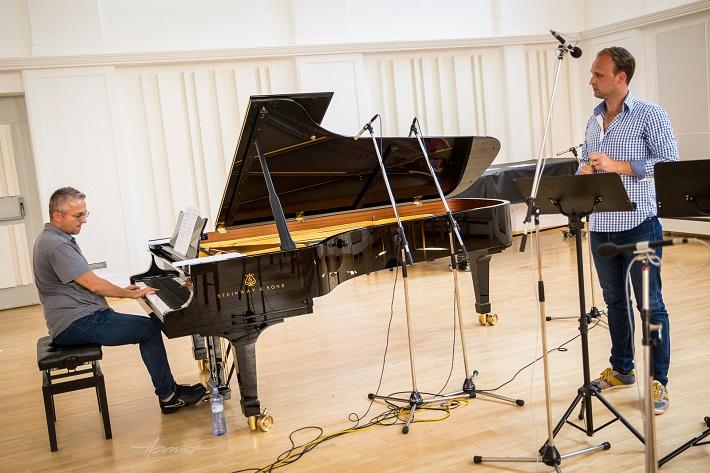 fotografia z nahrávania CD Richarda Švedu, Róbert Pechanec, Richard Šveda, foto: Zdenko Hanout