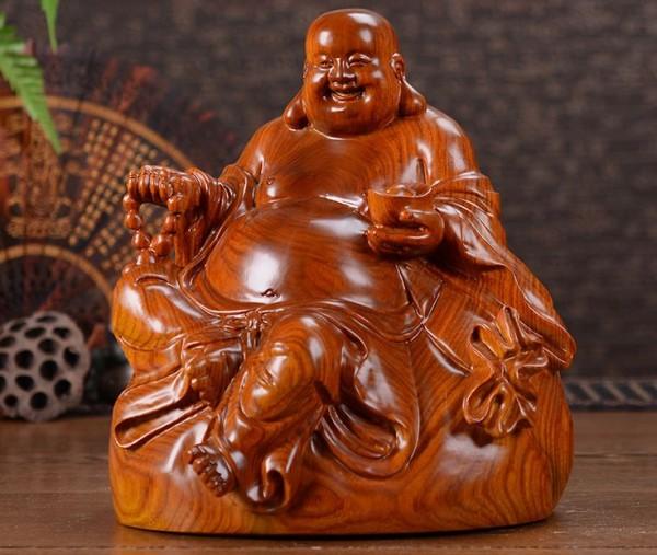 soška Buddhu Majtréju
