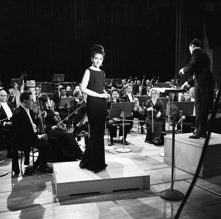 Georges Prêtre s Mariou Callas, Orchestre National de l'ORTF, máj 1965, foto: Chevrier Georges/INA