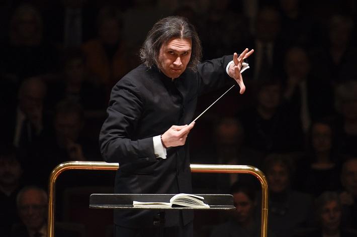 Koncert v Semperovej opere v Drážďanoch, 2016, Vladimir Jurowski, foto: Matthias Creutziger