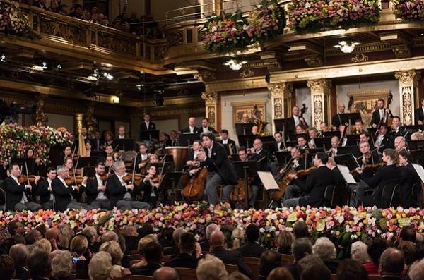 Novoročný koncert Viedenských filharmonikov, 2017, Gustavo Dudamel, foto: Terry Linke